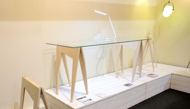Die Tischbeine von Juulia Paloranta & Leena Raudaskoski aus Helsinki entstanden in Anlehnung an Rentiergeweihe.