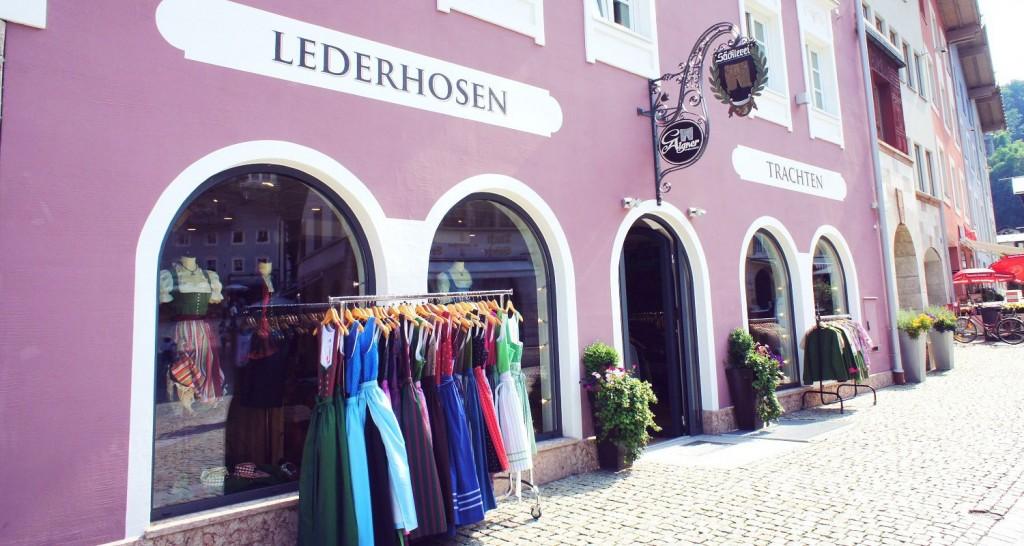 Mitten in der Altstadt von Berchtesgaden befindet sich die Säcklerei von Familie Aigner.